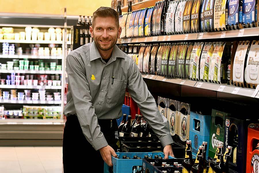 Teammitglied von EDEKA Schmidmüller Herr Krezeszowski